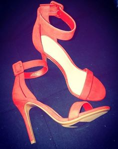 Shoe Collection, Stuart Weitzman, Sandals, Heels, Fashion, Slide Sandals, Heel, Moda, Shoes Sandals