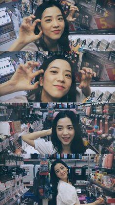 Blackpink jisoo White Things white color on nails Blackpink Jisoo, Kpop Girl Groups, Korean Girl Groups, Kpop Girls, Yg Entertainment, Blackpink Members, K Wallpaper, Black Pink Kpop, Blackpink Photos