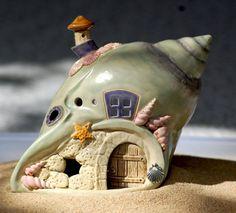 Windlicht aus Keramik - Muschelhäuschen. Handgefertigtes Einzelstück direkt aus der Töpferwerkstatt von Honiglicht-Keramik! Für Teelicht oder Lichterkette. Die Keramik ist wetterfest, jedoch nicht frostfest. | eBay!