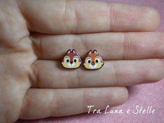 Boucles d'oreilles puce Chipmunks lobo et Dale, Disney-kawaii par TraLunaeStelle sur Etsy https://www.etsy.com/fr/listing/235468310/boucles-doreilles-puce-chipmunks-lobo-et