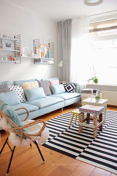 Decoration, decoração, sofa, azul, blue, celeste, shelf, frame , almofadas, pillows, cute, chair, fur, cadeira, pelos, living room, home sweet home