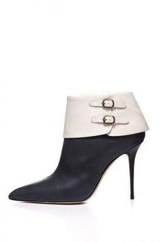 Ankle boots neri con risvolto bianco Manolo Blahnik