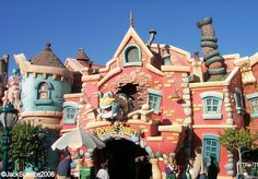 Roger Rabbit's Car Toon Spin; Toowntown