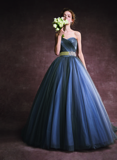 FOUR SIS & CO. Ball Gowns, Formal Dresses, Fashion, Ballroom Gowns, Dresses For Formal, Moda, Ball Gown Dresses, Fashion Styles, Fasion