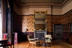Sir George Gilbert Scott Suite of In honour of the St Pancras Renaissance Hotel London's architect comes The Sir George Gilbert Scott Suite, featuring nineteenth century splendor from the floorboards to the ceiling.