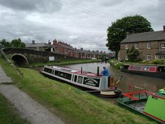 David Stowell photo of Marple Basin which is part of the Cheshire Ring.