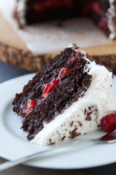 this looks so amazing. This Black Forest Cake Recipe is made from scratch with my perfect chocolate cake recipe, homemade cherry filling, and vanilla whipped cream! Chocolate Cherry Cake, Perfect Chocolate Cake, Homemade Chocolate, Chocolate Recipes, Baking Chocolate, Chocolate Cakes, Chocolate Syrup, Pear And Almond Cake, Almond Cakes