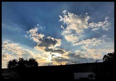 #jupiter #view #sky #clouds #blue #florida #sunset #jibarosenlaluna #boricuas #streetview #viewfrommywindow #autumn #driving #love #familia #frommiami #afterwork