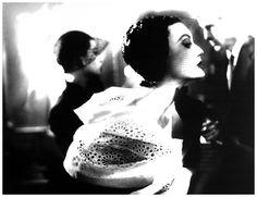 Gorgeous , Mary Jane Russell, Plate Harper´s Bazaar, 1950 Photo Lilian Bassman #colorinspiration