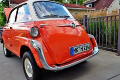Extra Legroom: 1958 BMW Isetta 600 Limo - http://barnfinds.com/extra-legroom-1958-bmw-isetta-600-limo/