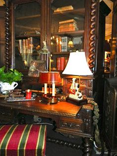 Beautiful English secretary, striped bench, nice styling Reminds me of my Mother-in laws. English Country Decor, French Country, British Country, French Cottage, Country Charm, Paisley Curtains, French Table, Secretary Desks, English Style