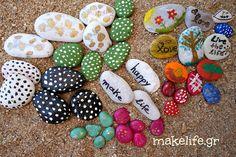 Παιχνιδιάρικη ζωγραφική σε πέτρες και βότσαλα Toddler Activities, Diy And Crafts, Toddlers, How To Make, Greek, Mom, Young Children, Little Boys, Greece