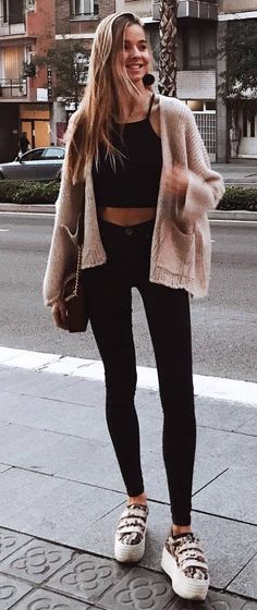 how to style a knit cardi : top + bag + skinnies + sneakers