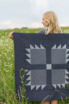 Chambray Bear Paw Baby Quilt - Noodlehead