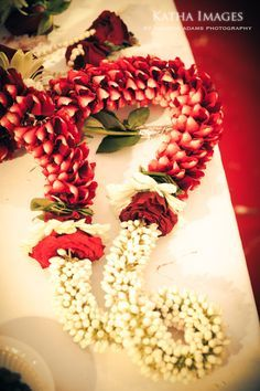 Light weight #WeddingGarland made of Rose petals and Jasmine buds Image source-Google search