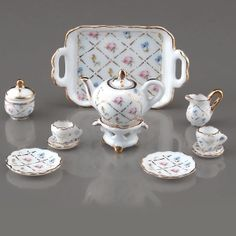 Reutter Porcelain Dollhouse Classic Rose Tea set