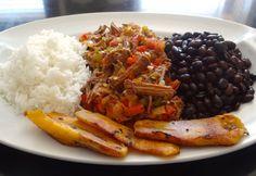 venezuelan food Pabellon Criollo the national dish