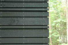Corn Crib Siding for the weeHouse. Black Cladding, Timber Cladding, Cladding Ideas, External Cladding, Wood Facade, Shelter Design, Lokal, Modern Fence, Slat Wall