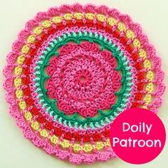In mijn vorige blogje zag je al dat ik was begonnen aan een doily.   Ik twijfelde over het patroon en aan de kleuren.   Het patroon is...
