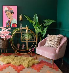 Modern Home Decoration Cool living room decor with green walls gold drinks trolley and pink velvet armchair.Modern Home Decoration Cool living room decor with green walls gold drinks trolley and pink velvet armchair. Living Room Decor Green Walls, Green Rooms, Teal Bedroom Decor, Living Green Wall, Green Wall Decor, Gold Wall Decor, Green Decoration, Green Home Decor, Retro Home Decor
