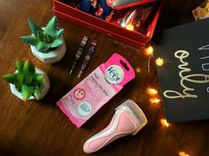 A girls guide to a home emergency kit