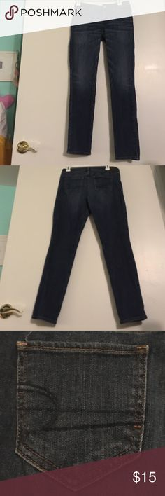 American Eagle Skinny Jeans! Stretch skinny jeans by American Eagle. Dark blue jeans with light wash on thighs. American Eagle Outfitters Jeans Skinny