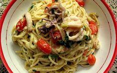 Spaghetti With Squid and Artichicoke Cream - Kalofagas - Greek Food & Beyond - Kalofagas - Greek Food & Beyond Grilled Calamari, Greece Food, Squid Recipes, Greek Recipes, Seafood, Grilling, Spaghetti, Cream, Ethnic Recipes