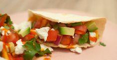 Vegetarische taco met zoete aardappel; een gezonde en lekkere variatie op het klassieke gerecht. Lekker met een Mexicaans biertje.