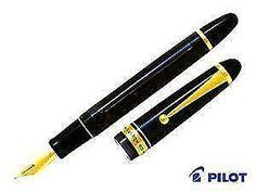 Pilot Namiki Custom 823 Fountain Pen Clear Black Broad Nib FKK3MRPTBB