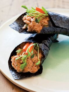 """Skinny mineral-rich wrap """"I recommend that every woman have nori on her kitchen counter,"""" says Beller. Although you're unlikely to roll sushi at home, seaweed is full of minerals like magnesium, which improves hair, skin and nails. Spread two ounces of tuna or salmon salad made with olive oil or reduced fat vegenaise, and any vegetables you like on two nori seaweed sheets, and you're ready to rock and roll."""
