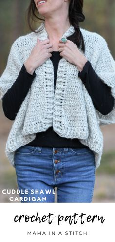 Today's free pattern is perfect for beginners, but anyone would love to wear it. Think of a shawl that won't slide off the shoulders and wears like a top. Crochet Cardigan Pattern, Crochet Shawl, Knit Crochet, Crochet Patterns, Free Crochet, Easy Patterns, Crochet Tops, Crochet Shrugs, Beginner Crochet