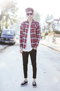 Acne Sunglasses, Zara Shirt, Cos Tee, Acne Jeans, Vans Sneakers