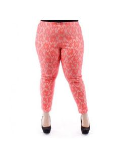 Plus Size Coral Leggings with Floral Knit Pattern
