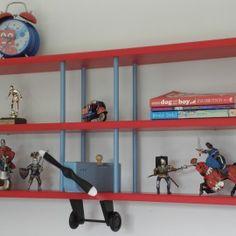 Tri Plane Wall Shelf