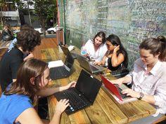 Pracinha Hub - espaço de trabalho colaborativo