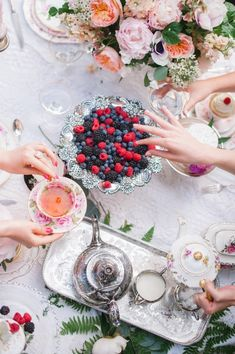 WHIMSICAL & ROMANTIC TEA PARTY WITH BAREFOOT CONTESSA BOUTIQUE