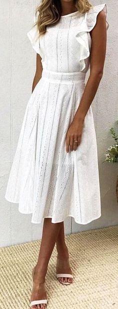 New Dress White Casual Simple Fashion Ideas Trendy Dresses, Modest Dresses, Elegant Dresses, Nice Dresses, Short Dresses, White Casual Dresses, Casual Midi Dress, Simple Dress Casual, Elegant White Dress