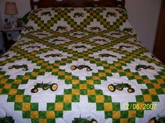 Tractor quilt (looking for something to make for my nephew) Quilting Projects, Quilting Designs, Sewing Projects, Crazy Quilt Blocks, Quilt Block Patterns, Tractor Quilt, Man Quilt, Cute Quilts, Baby Boy Quilts