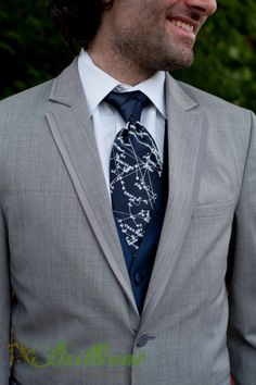 Groom's navy blue star constellation tie- By Rachel Garcia of Brilliant Imagery, a boutique wedding photography studio specializing in creative weddings and trash the dress sessions. Galaxy Wedding, Starry Night Wedding, Bride Reception Dresses, Fall Wedding, Dream Wedding, Navy Groom, Celestial Wedding, Yosemite Wedding, Star Constellations