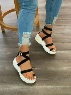 Jelly Sandals, Toe Rings, Black Sandals, Me Too Shoes, Uggs, Shoes Heels, Slippers, Footwear, Lady