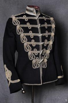 David Hemmings, Medieval, We Wear, How To Wear, Tsar Nicholas Ii, Uniform Design, Royal Dresses, Character Costumes, Hippie Style