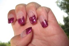 Thulian In Wonderland: Gel nails with pink glitter