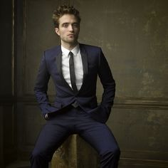 Robert Pattinson -repinned by Los Angeles studio photographer http://LinneaLenkus.com  #fineartphotography
