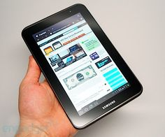 Galaxy Tab 2 7.0 - looks great for a travel companion