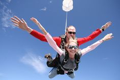 If I ever do skydive, it'll be like this, in tandem. You won't get me out of the airplane on my own.