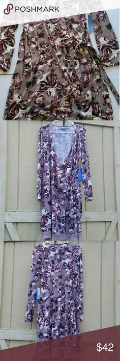 Simply Vera Vera Wang long sleeve faux wrap dress Simply Vera by Vera Wang long sleeve faux wrap dress  size large  29 in underarm to hem  96% polyester 4% spandex Purple and taupe Simply Vera Vera Wang Dresses Long Sleeve