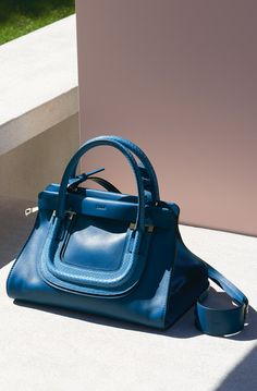 Everston bag in smooth cafskin & ayers FACTORY BLUE