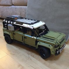 Top Toddler Toys, Top Toys For Boys, Land Rover Defender, Lego Technic Sets, Pokemon Lego, Best Christmas Toys, Recycled Toys, Magnetic Toys, Popular Kids Toys