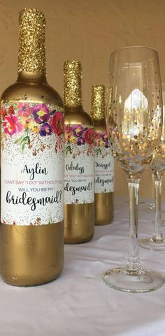 Will You be my bridesmaid? Bridesmaid proposal wine labels are a fun and unique way to ask your best girls to be by your side on your wedding day! Waterproof vinyl labels made to last. Have tons of styles to propose to your girls even for your maid of hon Will You Be My Bridesmaid Gifts, Asking Bridesmaids, Bridesmaid Proposal Gifts, Bridesmaids And Groomsmen, Wedding Bridesmaids, Brides Maid Proposal, Bridesmaid Dresses, Gifts For Wedding Party, Gifts