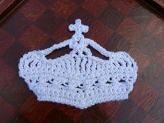 "Free pattern for ""Keep Calm"" Crown Appliqué!"